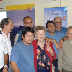 Celebración de los 60 años junto al personal de la empresa